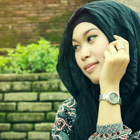 beauty on hijab by Agus Aktawan - People Fashion