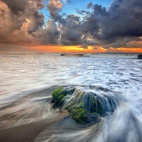 The Legend by Hendri Suhandi - Landscapes Beaches ( bali, sunset, sunrise, beach, landscape )