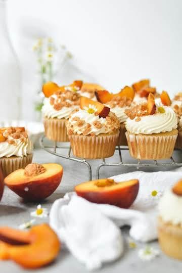 peach pie cupcakes - bethcakes