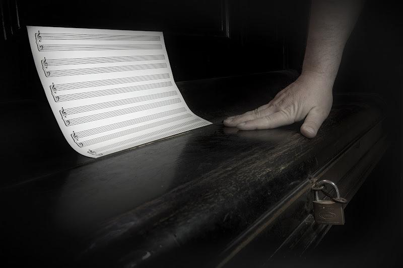 Silenzio forzato  di Ivan Fioravanti