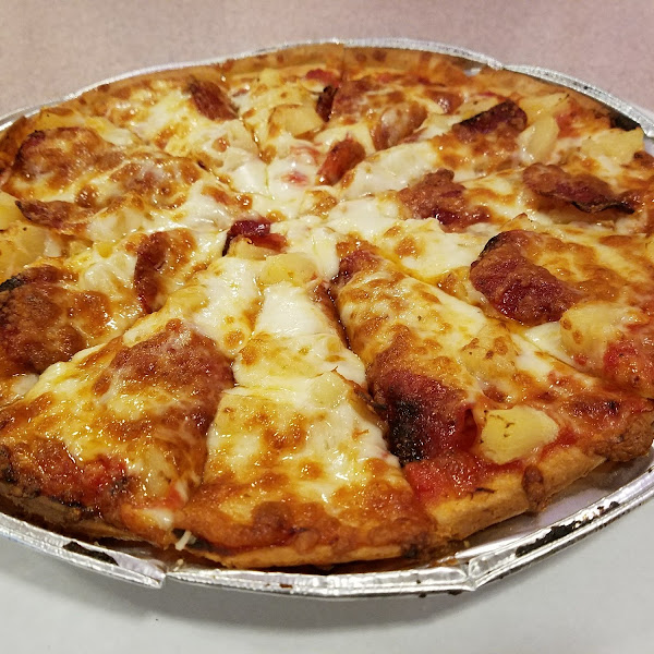 ABC Pizza's gf pepperoni and pineapple pizza