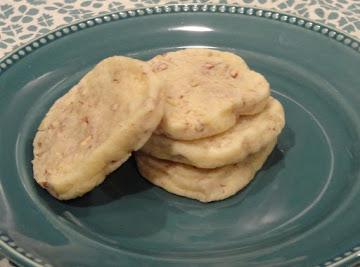 Crisp Pecan Slices Recipe