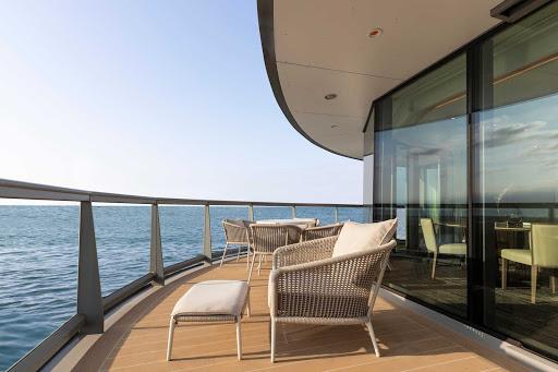 Grand-Suite-exterior-Silver-Origin.jpg - The exterior of the Grand Suite on the luxury expedition ship Silver Origin.