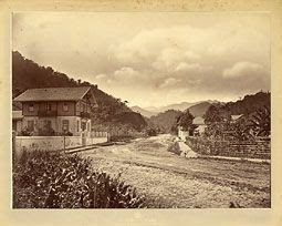 Photo: início da Avenida Ipiranga, antiga Rua Joinville, vista da Rua 13 de Maio. Foto da década de 1870