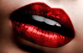 Metallic red lips