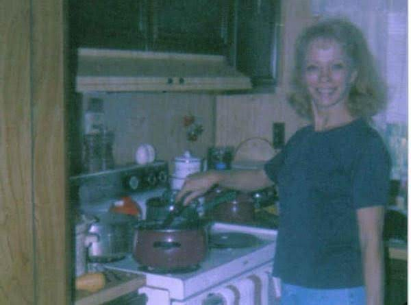 Me When I Was Younger Cooking *kielpastabean*
