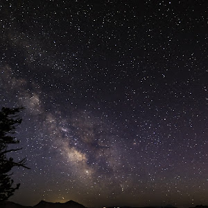 Crater Lake Milky Way.jpg