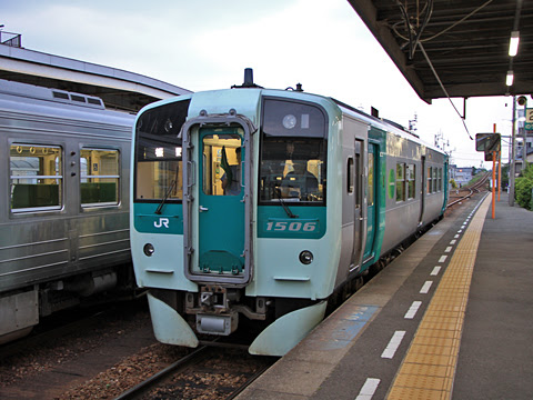 JR四国 1500形気動車 1506_02