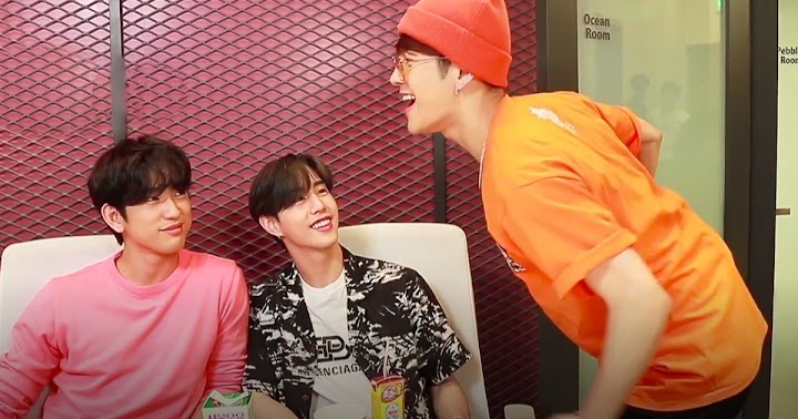 GOT7's Mark And Jinyoung Tried Having A Peaceful Show But Yugyeom