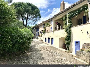 propriété à Saint-Julien-de-Peyrolas (30)