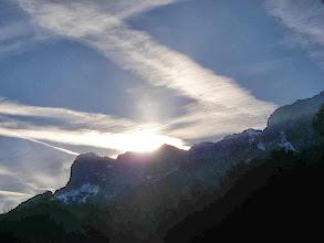 Photo: während die Sonne hinterm Untersberg verschwindet