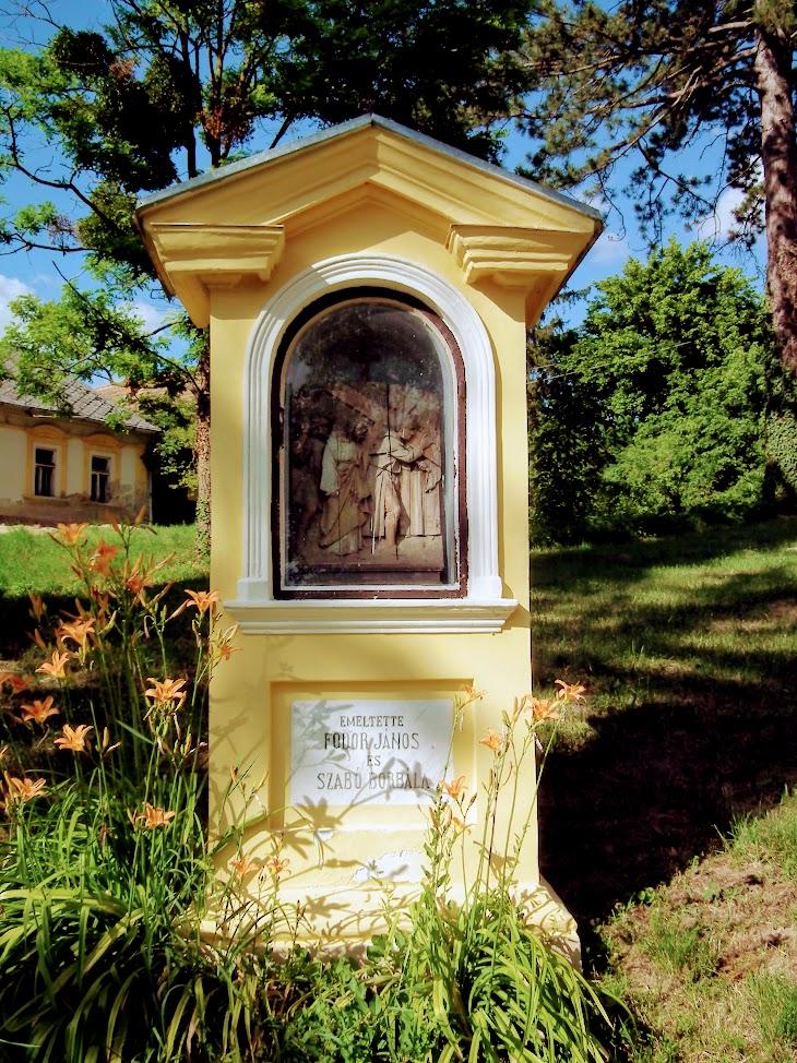 Somogyvár - Bűnbánó Szent Mária Magdolna rk. templom a kálváriával