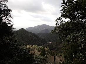 岩場からの眺め(下に藤内小屋)