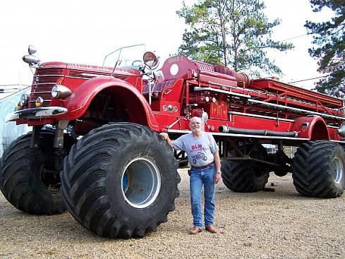 Самая большая Пожарная машина в Мире