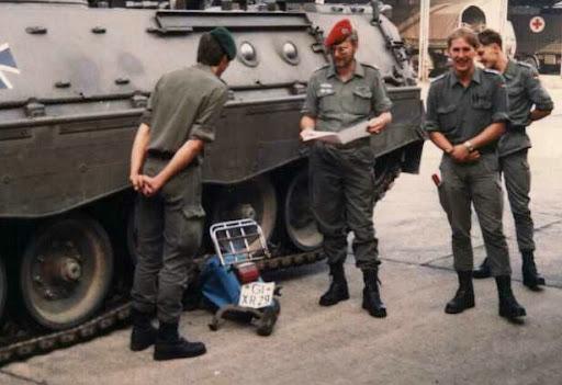 Excelentes armamentos militares #:-)