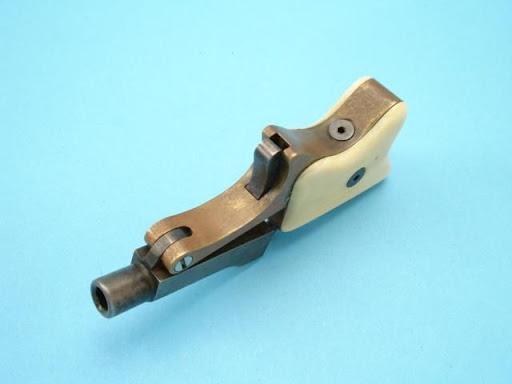 Vintage Miniature and Spy Guns | Flea Market Insiders