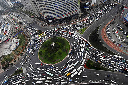 495711679 52f8d76d11 o Worlds Worst Intersections & Traffic Jams