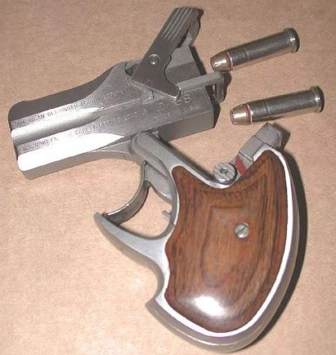 Vintage Miniature and Spy Guns   Flea Market Insiders