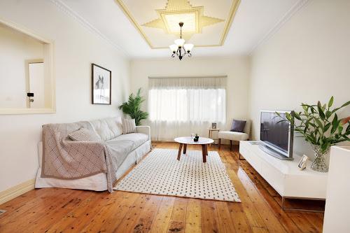 Photo of property at 198 Garden Street, Geelong 3220