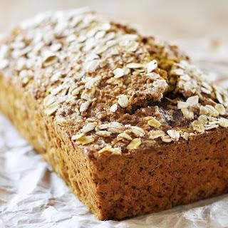 Vegan Quinoa-Oat Pumpkin Bread