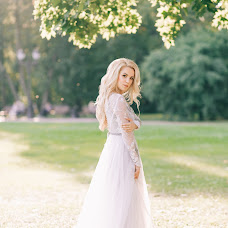 Wedding photographer Mariya Desyatova (1010). Photo of 13.09.2017