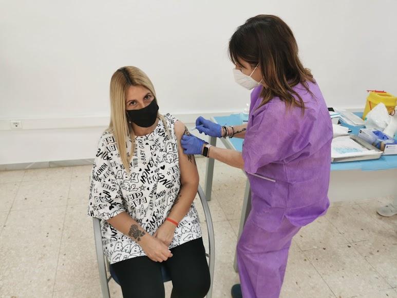 Rapidez en un día récord en la administración de la vacuna contra la Covid-19