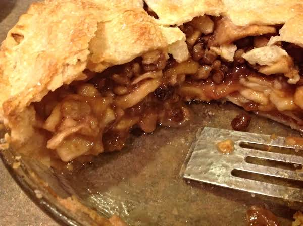 Strudel Style Apple Pie W/nuts & Raisins Recipe