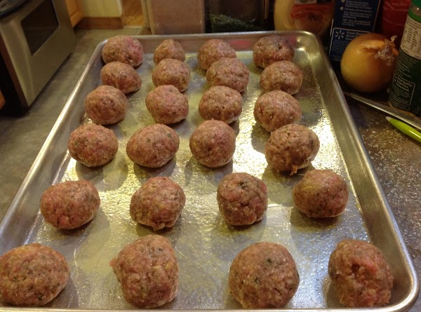Man Pleasing Turkey Lovers Meat Balls, full of flavor from the Italian Seasoning and Minced garlic.