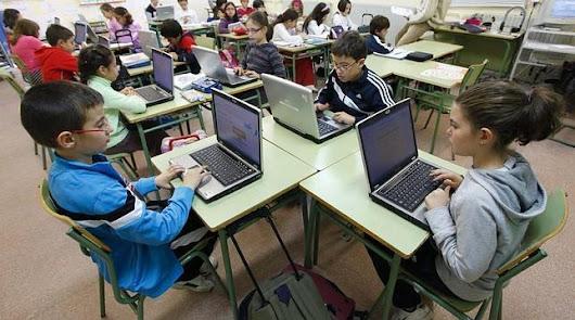 El ayuntamiento proporciona ordenadores a los escolares sin recursos