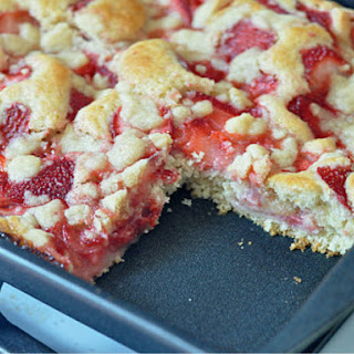 "Strawberry ""Long-Cake"""