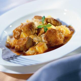 Kartoffel-Kraut-Gulasch