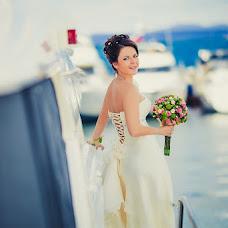 Wedding photographer Olesya Lavrova (kicune). Photo of 06.12.2012