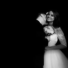 Wedding photographer Maksim Karazeev (MaximKarazeev). Photo of 31.03.2016