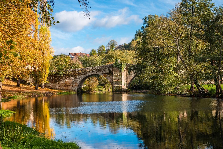 Otoño en el río Arnoia en Allariz, Ourense