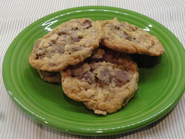 Chocolate Chip Toffee Oatmeal Kahlua Cookies