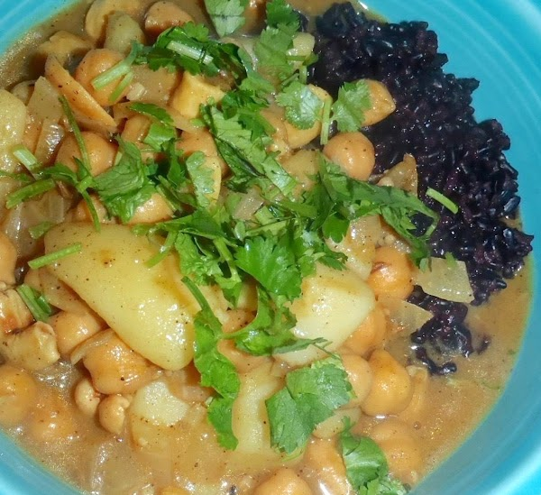 Chickpea And Cashew Nut Curry Recipe