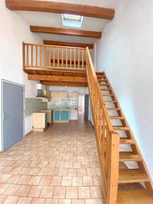 Location maison 3 pièces 76 m2
