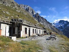 Photo: Refugio Temple de los Écrins a 2.410m de altitud