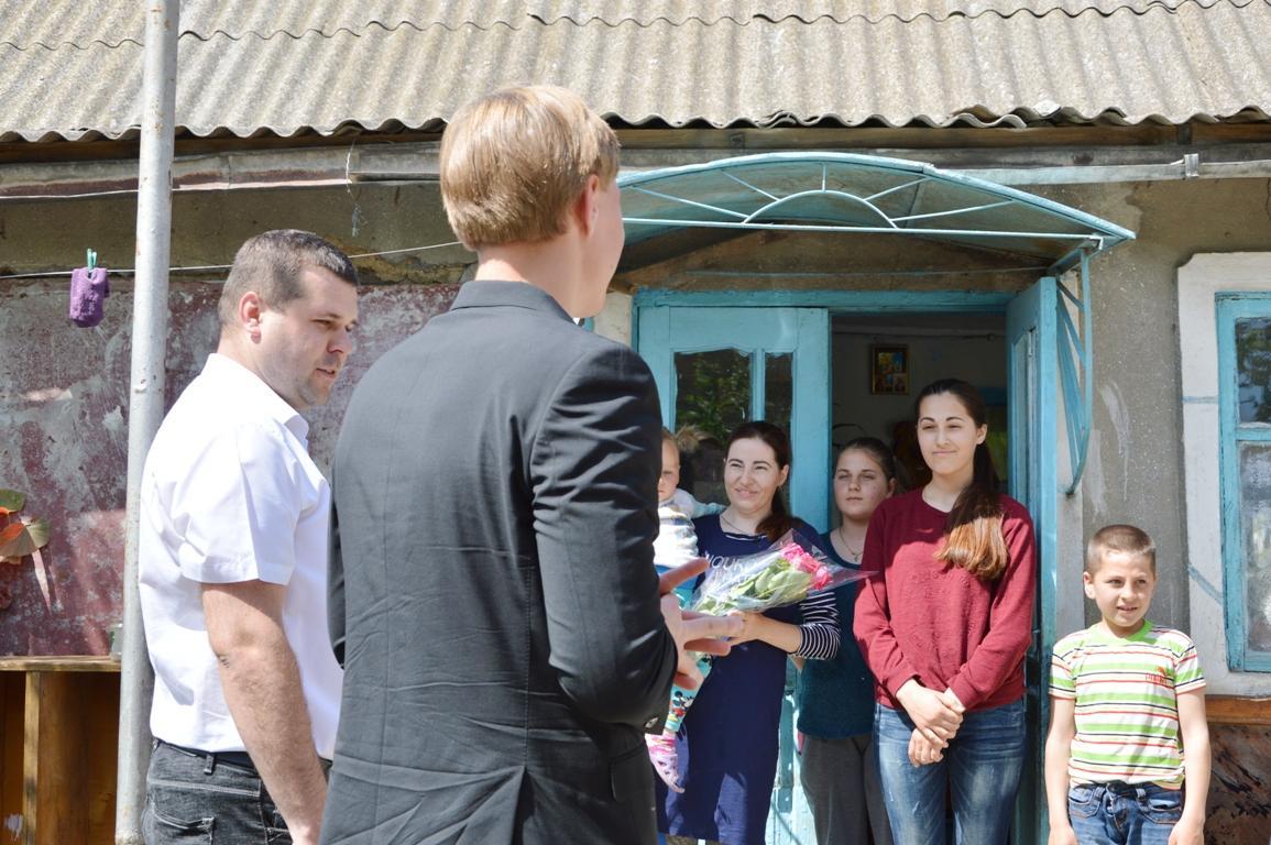 """""""Фонд Добра и любви"""" традиционно поздравил многодетные семьи с Международным Днем семьи"""