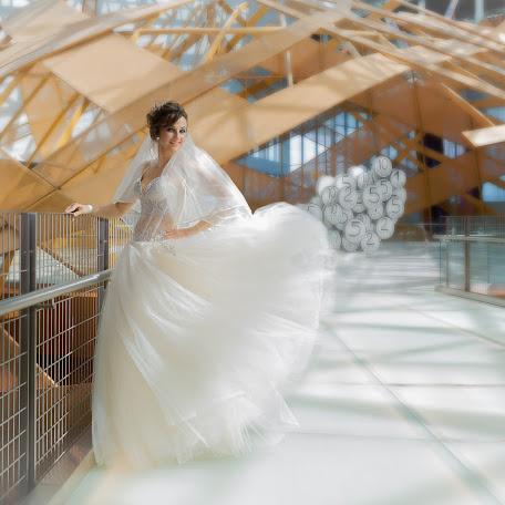 Wedding photographer Arkadiy Ivanov (Fotoorehovo). Photo of 08.08.2016