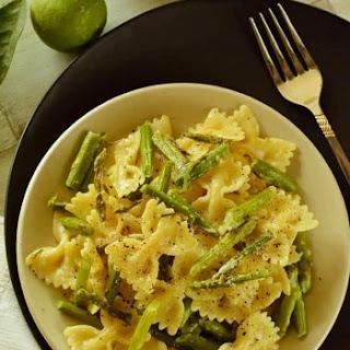 Lemon Asparagus Pasta With Vegan Bechamel Sauce.