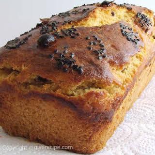 Corn Bread With Raisin.