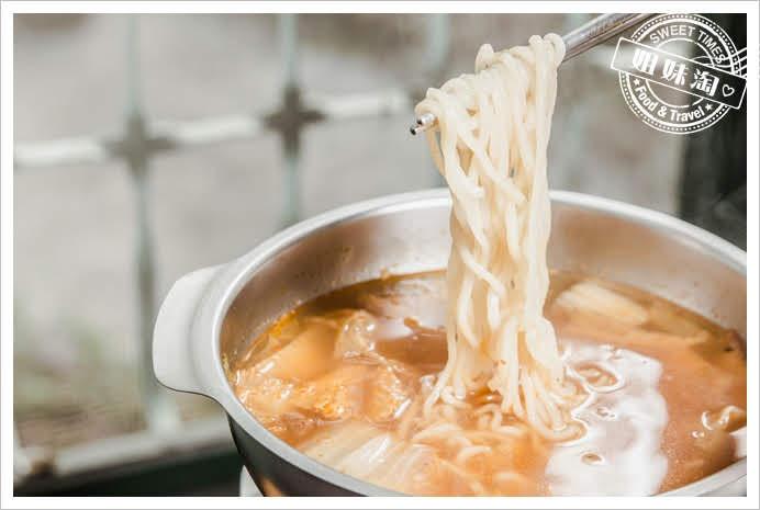 麗貞館泡麵