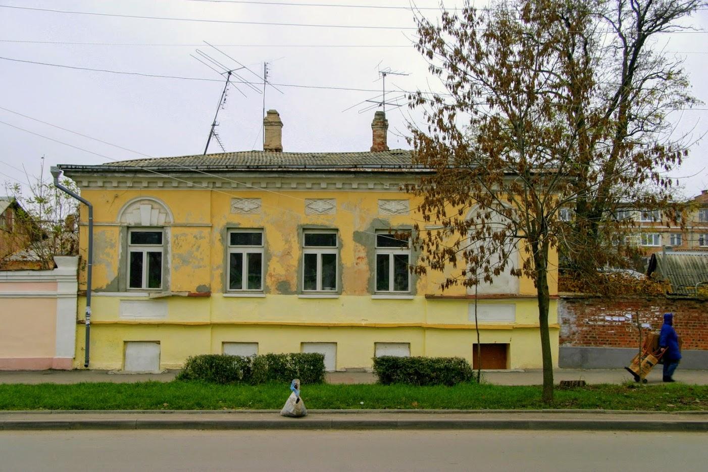 https://sites.google.com/site/istoriceskijtaganrog/cehova-ulica/dom-82