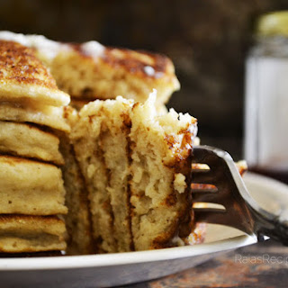 Easiest Fluffy Buttermilk Pancakes