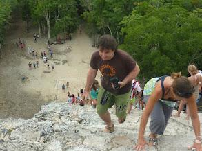 Photo: Auf der Pyramide in Coba