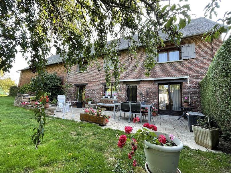 Vente maison 6 pièces 181 m² à Etrépagny (27150), 263 750 €