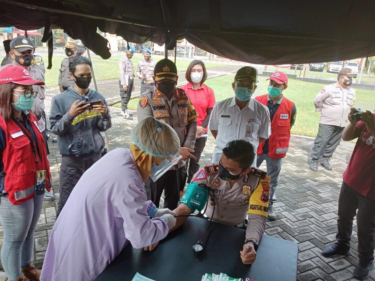 Sebanyak 50 Orang Pendonor Plasma Konvalesen Ikut Screening di Mapolres Mojokerto