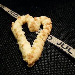 Vanilla  Almond Hearts
