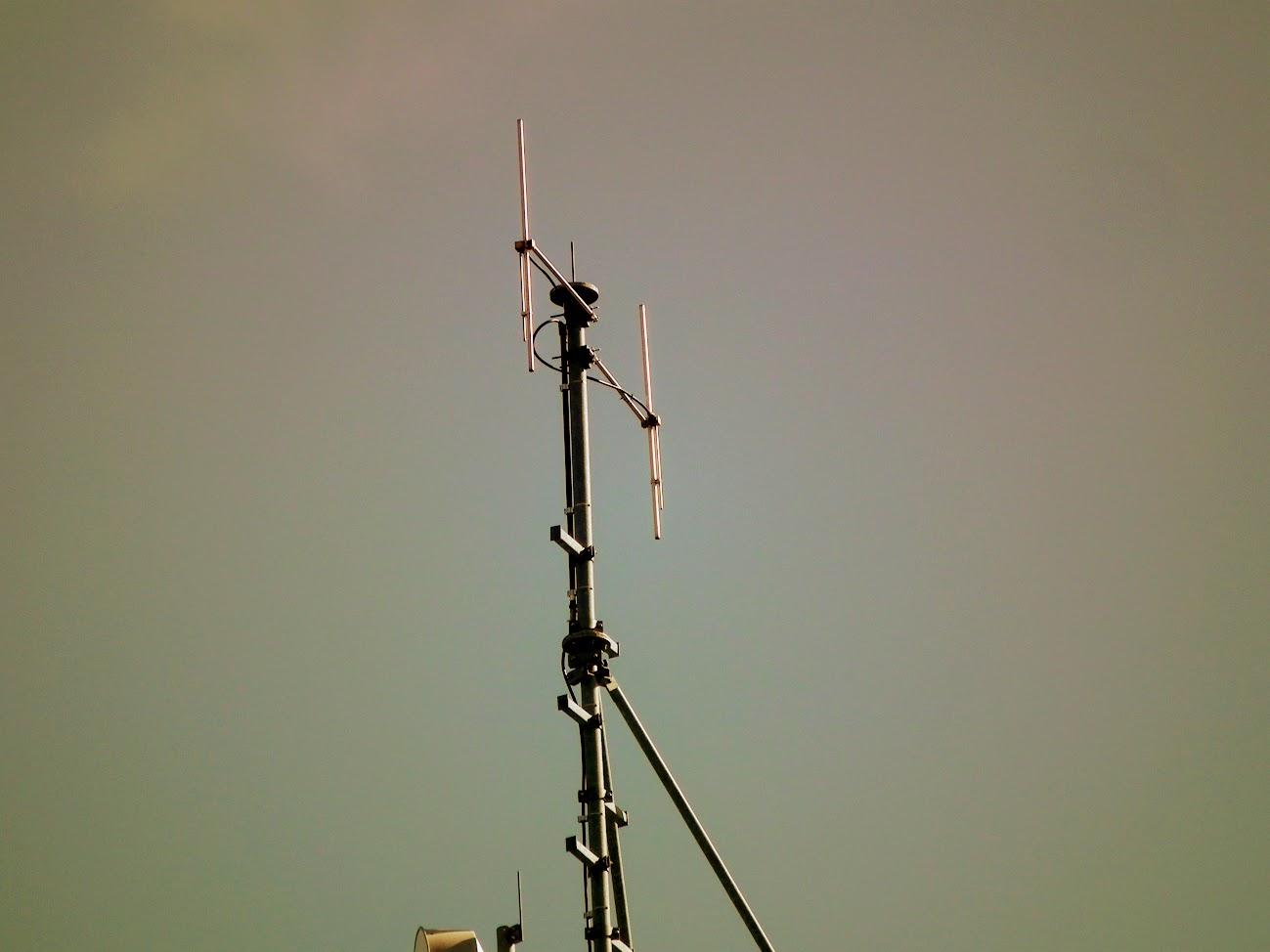 Nagykőrös/víztorony - helyi URH-FM adóállomás